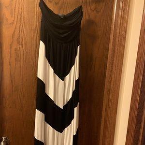Design History Black & White Strapless Maxi Dress